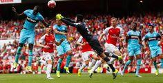 Preview West Ham vs Arsenal: London Derby Penentu Nasib