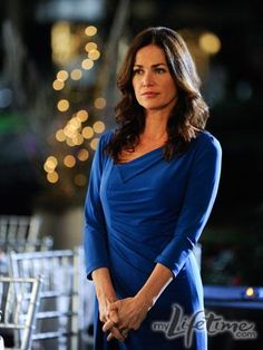 Kim Delaney - Claudia Joy Holden on Army Wives. I miss her! Military Girlfriend, Military Love, Military Spouse, American Wives, American History, Kim Delaney, Stylish Older Women, Catherine Bell, Amanda Holden