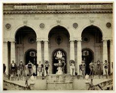 Fashion show Havana Pollock mansion Cuba