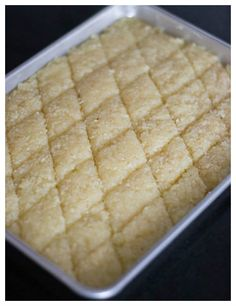 Easy to do Coconut Burfi recipe. Thengai burfi as its called in Tamilnadu, this is a delicious never fail dessert sweet. Burfi made with milk. With step by step pictures. Indian Dessert Recipes, Indian Sweets, Indian Snacks, Sweets Recipes, Snack Recipes, Coconut Recipes Indian, Coconut Barfi Recipe, Coconut Burfi, Burfi Recipe