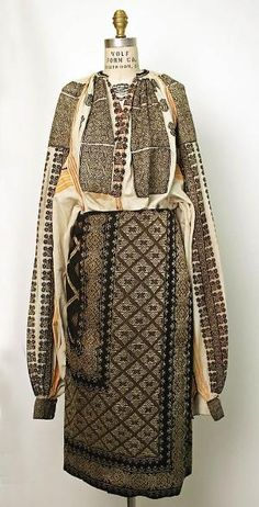 Popular Folk Embroidery Ensemble Date: century Culture: Romanian Medium: wool, cotton by polly Historical Costume, Historical Clothing, Wool And The Gang, Vintage Outfits, Vintage Fashion, Textiles, Lesage, Folk Costume, Fashion Plates