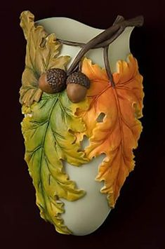 Beautiful Fall Leaves Wall Vase/Wall Pocket made from bonded marble and hand painted in great detail. Ceramic Flowers, Clay Flowers, Flower Vases, Flower Pots, Ceramic Pottery, Pottery Art, Ceramic Art, Pottery Painting Designs, Pottery Designs