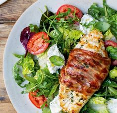 Tom Kerridge's chicken, tomato and mozzarella salad - Asda Good Living Chicken Recepies, Chicken Ideas, Tom Kerridge, Meat Salad, Mozzarella Salad, Chicken Breast Fillet, Clean Eating, Healthy Eating, Cooking Recipes
