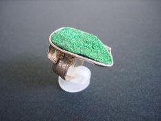 Used Sterling Silver Jewelry Jewelry Logo, Jewelry Shop, Custom Jewelry, Mens Sterling Silver Necklace, Handmade Sterling Silver, Handmade Rings, Handmade Jewelry, Emerald Green Stone, Crystal Jewelry