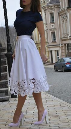 I love the fitted top with the flowing skirt. The high contrast of the colors really makes the outfit pop. http://bellanblue.com