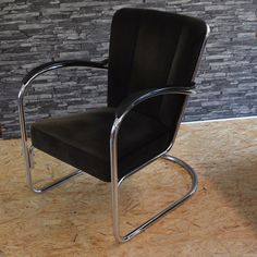2 Gispen 412 fauteuils New Homes, Chair, House, Inspiration, Furniture, Design, Home Decor, Armchairs, Biblical Inspiration