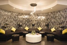Grab your gals & make it a girl's day out at #Mirage. This #Vegas hotel has a swanky salon fit for social  hour. Keep the champagne flowing, y'all.