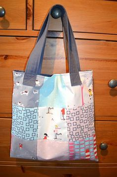 I just got some fat quarters and I'm looking for a project. Tote bag!