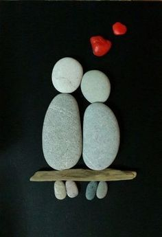 art diy 50 of the Best Creative DIY Ideas For Pebble Art Crafts Stone Crafts, Rock Crafts, Diy And Crafts, Arts And Crafts, Art Rupestre, Pebble Art Family, Pebble Pictures, Art Diy, Rock And Pebbles