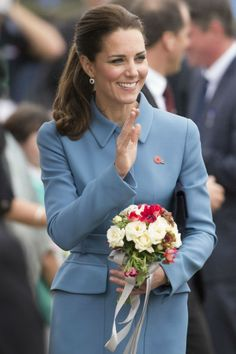 Kate Middleton Nails The Nautical Look As She Beats Will In a Sailing Race | Marie Claire