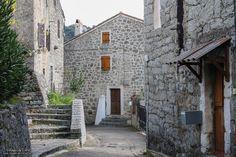 Région du Taravo - Campo est une commune française située dans le département de la Corse-du-Sud et la région Corse.