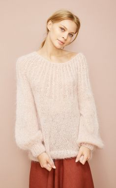 Billedresultat for mes demoiselles sweater Knitwear Fashion, Knit Fashion, Flattering Swimsuits, Rococo Fashion, Angora, Mohair Sweater, Cozy Sweaters, Knitting Designs, Knit Patterns