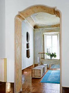 Vincenzo de Cotii's 18th Century Palazzo Apartment in Milan; http://www.modedamour.com/2016/08/vincenzo-de-cotiiss-18th-century-palazzo-apartment-in-milan.html