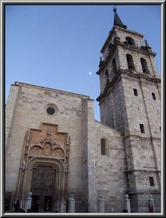https://flic.kr/p/64L9ug   Catedral (Magistral)de los Santos Niños Justo y Pastor de Alcalá de Henares,Madrid,España  