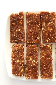 THE BEST Peanut Butter Copycat Larabars! #vegan #glutenfree #healthy