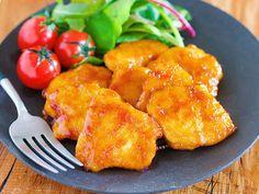 驚きの柔らかさ♪ご飯がすすむ♪『鶏むね肉のマヨしょうが焼き』 by Yuu / 鶏むね肉をフライパンで焼きあとは生姜焼きのタレを絡めるだけ♪ 下味をもみ込んだ鶏むね肉は驚くほどしっとり柔らか。しかも、片栗粉効果でタレがしっかり絡みご飯もお酒もすすむ一品に!★フォローやクリップ、そしてメダル送付、ありがとうございます♪励みになっております( ´艸`)★ / Nadia