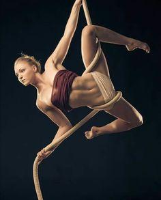 "530 Likes, 5 Comments - We ❤️ Aerial (@weheartaerial) on Instagram: ""Thank you @_kiamelinda ❇ #circus #aerialcircus #aerialrope #rope #yoga #gymnastics #aerialfitness…"""