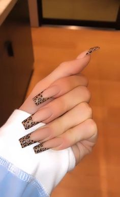 Ongles Kylie Jenner, Kylie Nails, Edgy Nails, Stylish Nails, Swag Nails, Khloe Kardashian Nails, Acrylic Nails Kylie Jenner, Grunge Nails, Bling Acrylic Nails