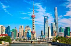 We've rounded up Shanghai's 25 best sites, from ancient temples to modern skyscrapers.