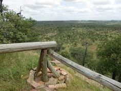 Uitkijkpunt bij museum in Mapungubwe National Park, Limpopo, Zuid-Afrika (Trudi)