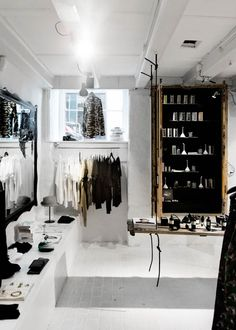 :: Shop Nag Store : Pilestræde 47, 1112 Copenhagen ::