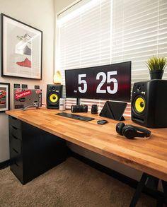 Ikea Office, Ikea Desk, Home Office Setup, Office Workspace, Office Spaces, Work Spaces, Desk Inspo, Workspace Inspiration, Pc Setup
