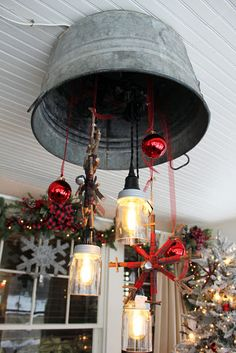 Bachman's 2016 Holiday Ideas House- Itsy Bits And Pieces Christmas Porch, Country Christmas, Winter Christmas, Christmas Lights, Vintage Christmas, Christmas Decorations, Christmas Chandelier, Christmas Topiary, Primitive Christmas
