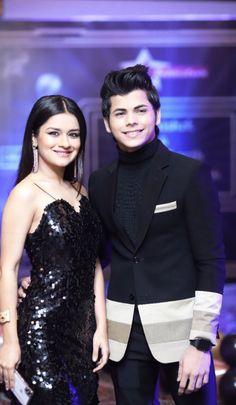 best couple ever❤😍😍❤ Handsome Celebrities, Teen Celebrities, Indian Celebrities, Bollywood Celebrities, Bollywood Actress, Celebs, Prettiest Actresses, Beautiful Actresses, Teen Couples