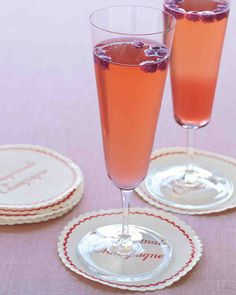 Choose this festive cocktail for a new spin on the classic first toast, or offer it as your signature drink during the reception.