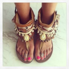 Open toe boho bootie sandals by Layer Boots. Madame de Rosa...SUMMERTIME. I WANT