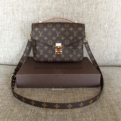 lv pochette metis Hello beauty .... Welcome to the family!!! ❤️ #LV #louisvuitton #olaizolav
