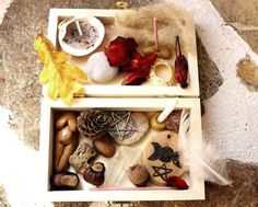 Bountiful Goddess, Mabon ritual portable altar set, wiccan travel altar, hedgewitch altar kit, travel altar, pagan starter kit by TheWitchChandlery on Etsy https://www.etsy.com/listing/205898535/bountiful-goddess-mabon-ritual-portable