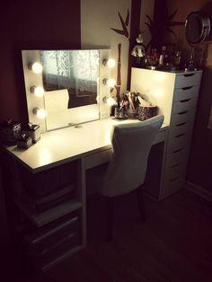 Ikea Alex drawer stack and Micke desk DIY makeup vanity Diy Vanity Table, Make Up Desk Vanity, Ikea Vanity, Vanity Room, Vanity Desk, Vanity Mirrors, Vanity Cases, Mirror Bathroom, Diy Vanity Mirror With Lights
