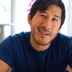 God fucking damn it- I just want to hug him. - - - God fucking damn it- I just want to hug him. Markiplier Memes, Pewdiepie, Cartoon Network Adventure Time, Adventure Time Anime, Hank Green, Mark And Ethan, Septiplier, Kawaii Chibi, Scary Stories