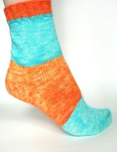 Self-striping Yarn sock. Kool-aid dyeing techniques.