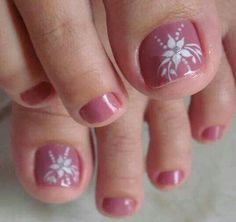 ! Pretty Pedicures, Pretty Toe Nails, Cute Toe Nails, Gorgeous Nails, Toe Nail Color, Toe Nail Art, Toenail Art Designs, Flower Pedicure Designs, Summer Toe Nails