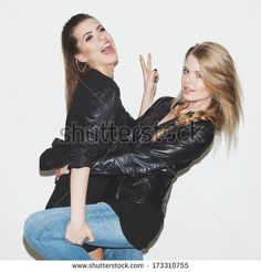 Friends Having Party Fotos, imagens e fotografias Stock | Shutterstock
