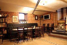 Interior Jarvis Pub