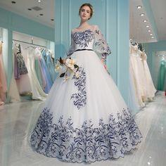 2017 spring and summer new dream lace flower bride wedding dress custom long-sleeved Qi princess Peng Peng skirt evening dress