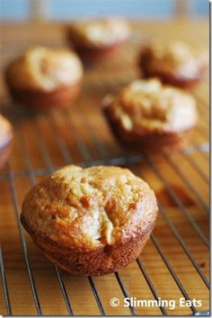 Apple Cinnamon Oatmeal Muffins | Slimming Eats - Slimming World Recipes  5 syns each