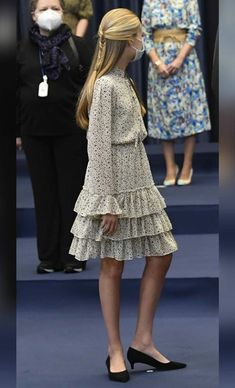 Princes Sofia, Claudia Lars, Princess Of Spain, Spanish Royal Family, Two Daughters, Queen Letizia, Casual, Royalty, Hairstyle