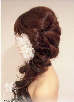 Side wedding hair style