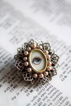 Victorian mourning brooch - lover's eye,