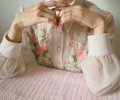 Find images and videos about pink, aesthetic and flowers on We Heart It - the app to get lost in what you love. Pink Aesthetic, Aesthetic Clothes, Aesthetic Vintage, Pretty Outfits, Cute Outfits, Look Fashion, Fashion Outfits, Fasion, Look Retro