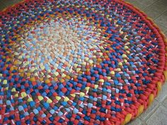 Braided rug from old T shirts