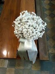 Risultati immagini per addobbi floreali per altari gerbere
