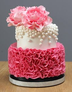 Peony's & Pearls by The Honeybee Cakery - Cake by The Honey Bee Cakery…
