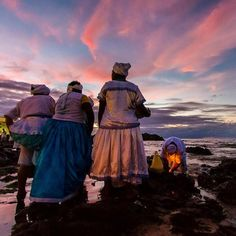 A Jurubeba Cultural:  ● A Arte fotográfica de Carlos de Assis Luz. ('Alvorada de Iemanjá'.  Salvador, Bahia. Brasil).