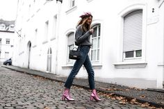 Fashionardenter: Pink metallic boots and chunky knit