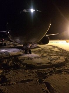 PHOTO Nordavia Flight #5N521 overruns the runway on landing at Murmansk Airport, Russia. (7-DEC-2016).